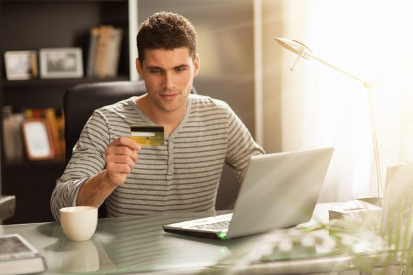 Как студенту получить кредит кредит под залог недвижимости великий новгород
